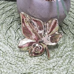 Vintage Jewelry - Vintage brooch